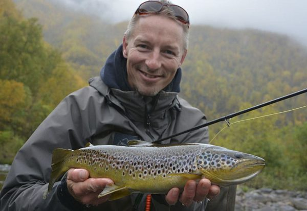 browntrout-fishing-alta-river-norway
