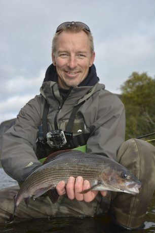 grayling-flyfishing-norway-go-fishing-travel