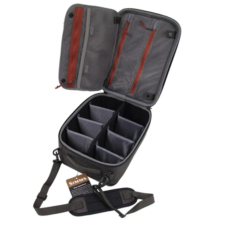 SIMMS-BOUNTY-HUNTER-REEL-CASE-COAL-LARGE