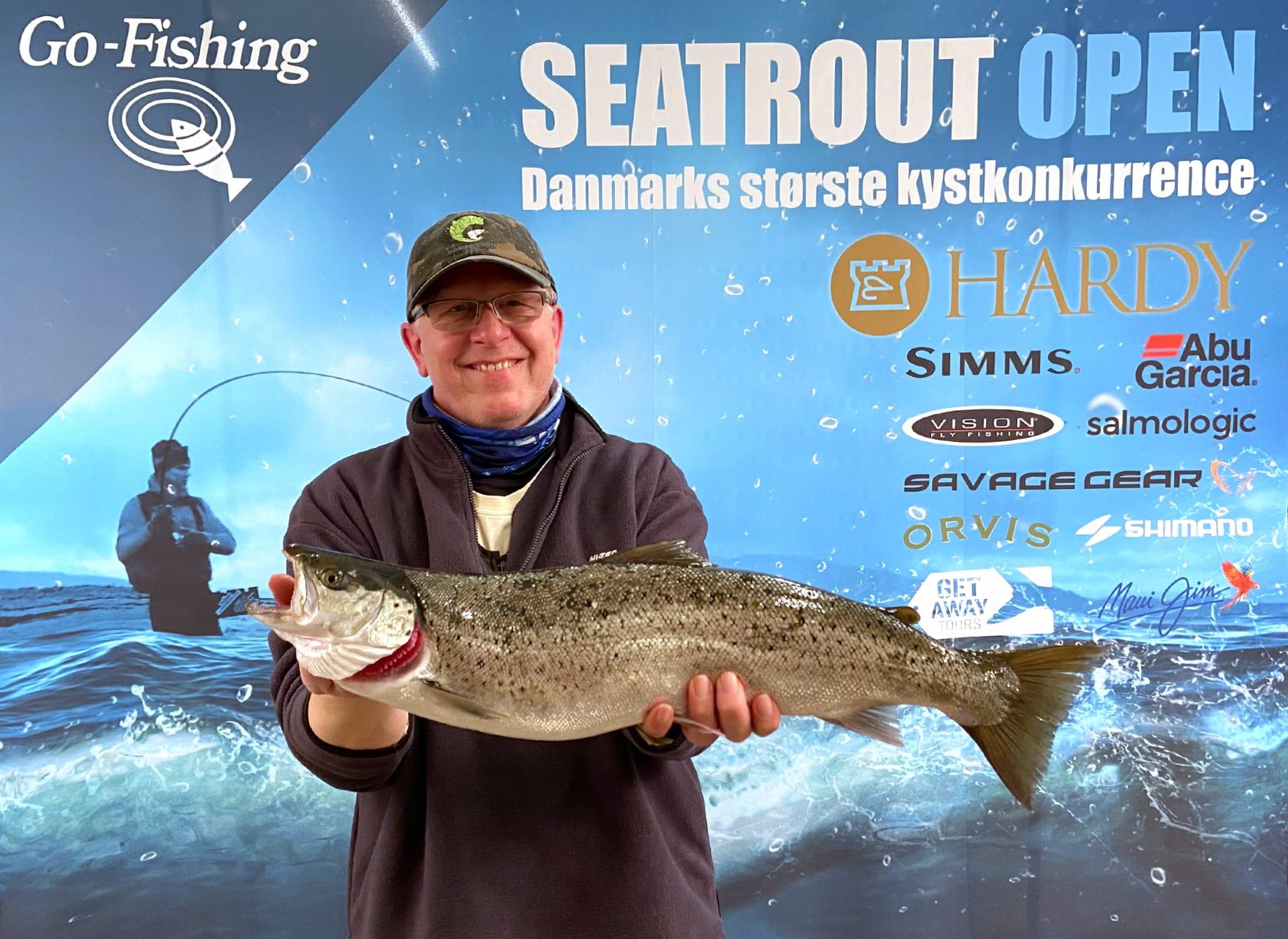 Seatrout Open deltager Stig Funder med en flot havørred